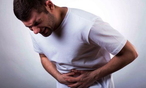 Осложнения острого панкреатита у взрослых провоцируют нарушения функционирования внутренних органов, а поскольку ухудшение их работы бывает сильным, реакции становятся необратимыми