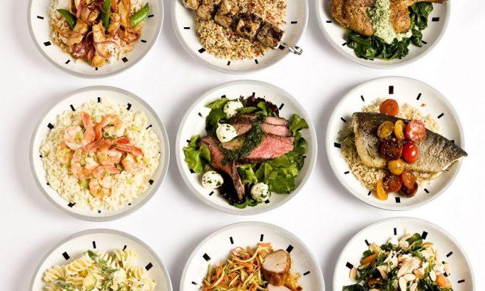 Питаться следует не менее 4 раз в день маленькими порциями