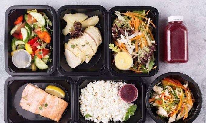 При заболеваниях поджелудочной железы необходимо питаться небольшими порциями 5-6 раз в день
