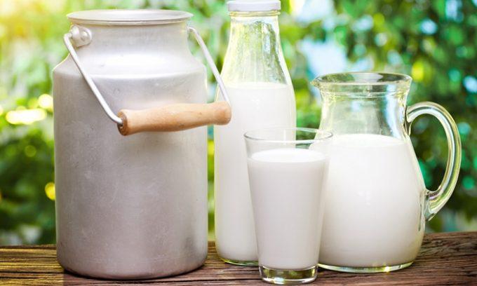 Молоко в небольших количествах разрешено