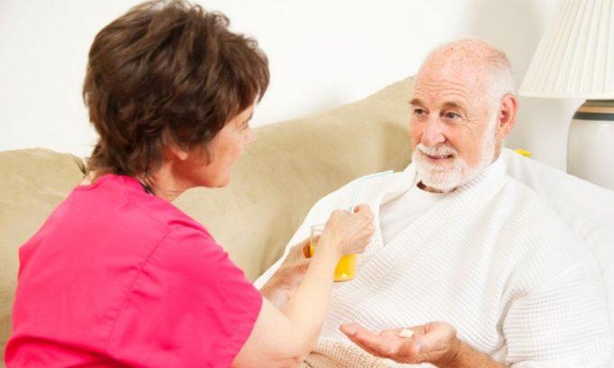 При приступе панкреатита больному требуется постельный режим и покой