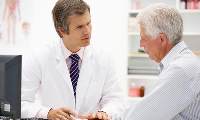 Лечение поджелудочной железы продуктами пчеловодства должно начинаться только после консультации гастроэнтеролога