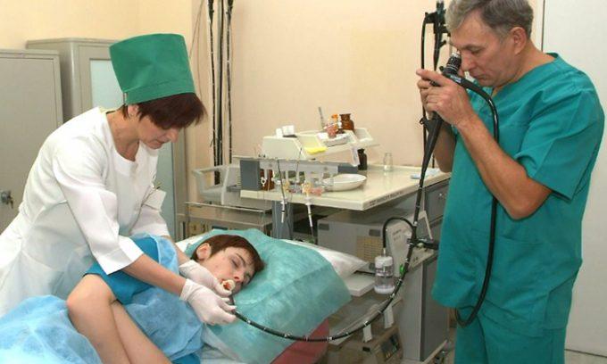 Панкреатит можно диагностировать при помощи введения в желудок через зонд соляной кислоты в минимальной концентрации
